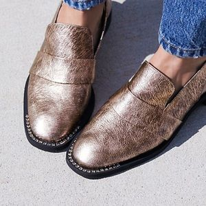 🆕 Free People Rose Metallic Leather Loafers